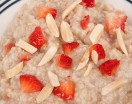 Steel Cut Oatmeal with Strawberries and Almonds