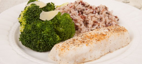 Broiled Fish with Steamed Broccoli and Rice Medley