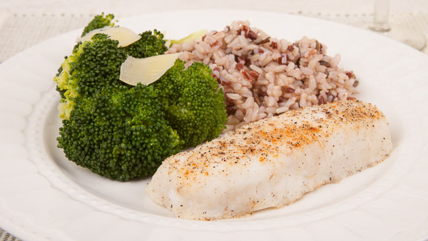700 calorie sample meals italian mediterranean diet for Fish and broccoli diet