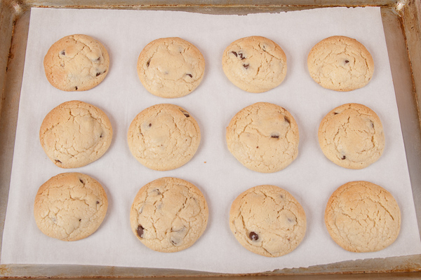 Amaretto Chocolate Chip Cookies-2