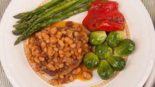 Turkey Burger with Baked Beans, Steamed Vegetables and Roasted Bell Peppers