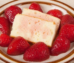 Yellow Cake With Strawberries